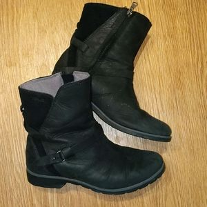 Teva waterproof black boots